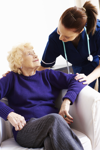 elderly_patient-with_nurse